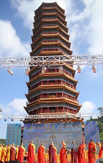 首届海南药师佛长寿文化节在澄迈金山寺开幕 印顺大和尚传授本焕长老长寿秘诀